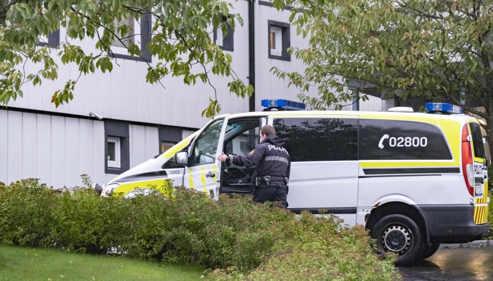 ÅSTEDET: Åstedet der politiet fant en død person lørdag i Kristiansand. Foto: Tor Erik Schrøder / NTB