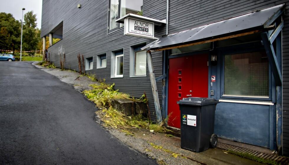 INGEN ÅPNING: Dagbladet møtte stengte dører da vi oppsøkte Alnor senter i Tromsø. Foto: Bjørn Langsem