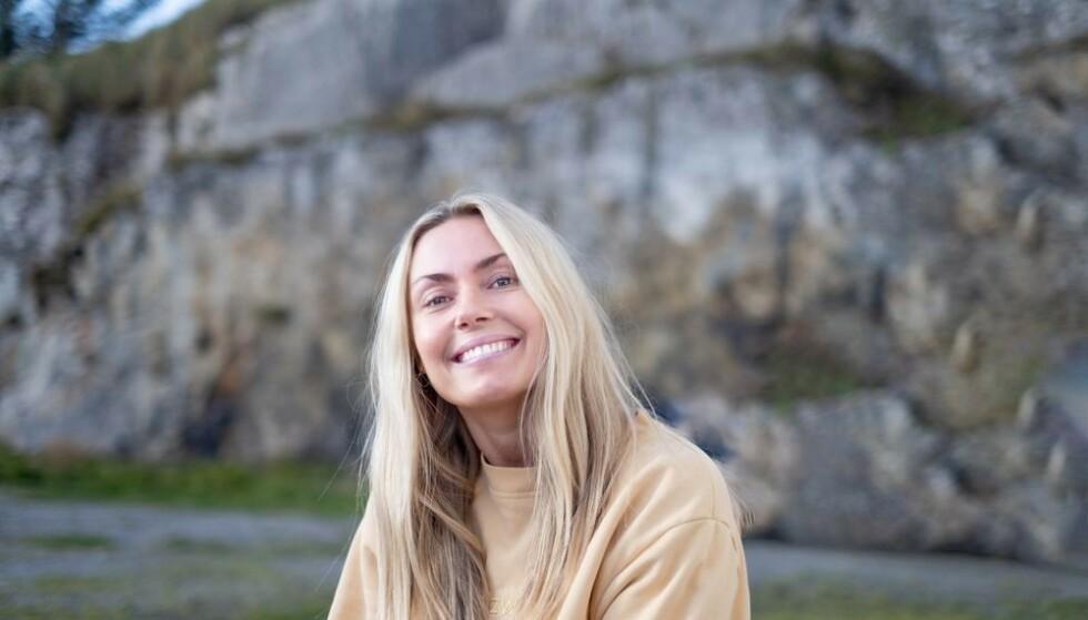GLATTERE: - Jeg kunne se at linjer ble betraktelig mindre, sier Katrine Kvalsund etter å ha prøvd The Solution fra Oslo Skin Lab.