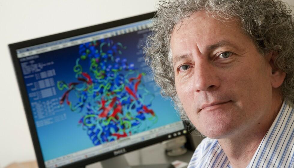 BIG DATA: Bela Stantic analyserer store datamengder og får dem til å gi mening. Her er et bilde fra et forskningsprosjekt for å lage modeller til kreftbehandling. Foto: Griffith University