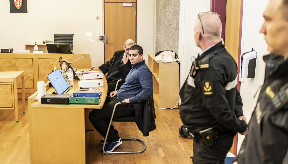 SPENT: Khalil Hadib er spent under rettssaken. Han håper at han endelig kan slippe ut i frihet. Foto: Hans Arne Vedlog / Dagbladet