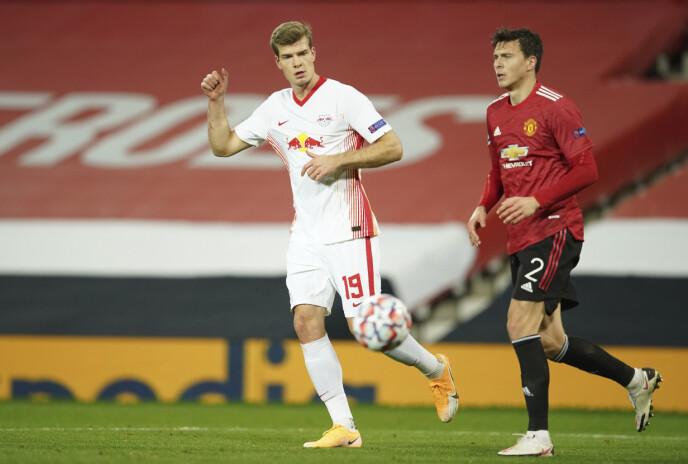 SLAPP TIL: Alexander Sørloth fikk over en halv omgang for RB Leipzig, men klarte ikke å utgjøre en forskjell. Foto: NTB