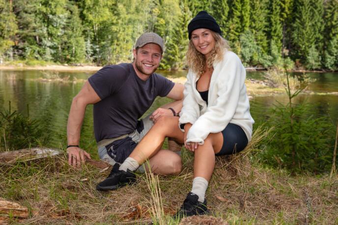 GODE VENNER: Sindre og Karianne forteller om et nært vennskap som utviklet seg på gården. Foto: Alex Iversen / TV 2