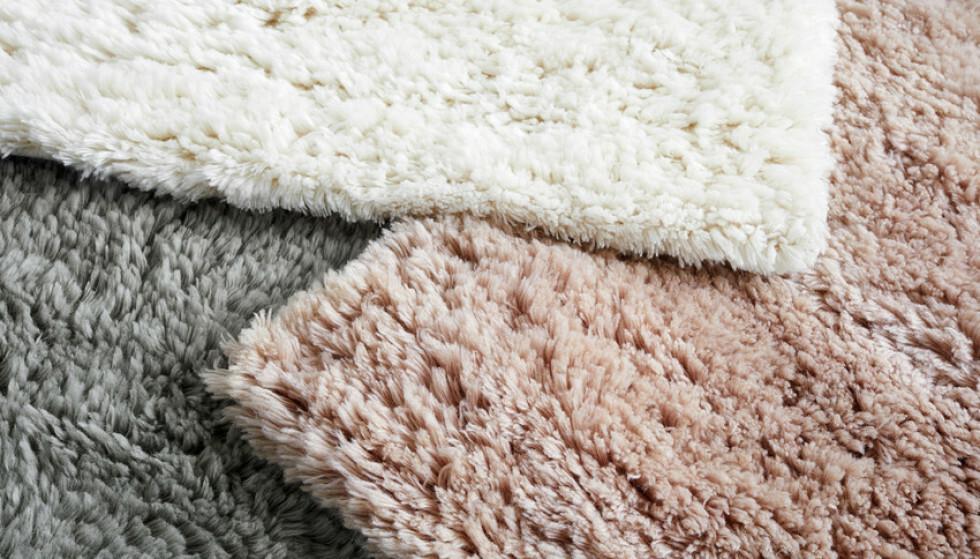 100% ull. Kommer i tre farger og tre størrelser.