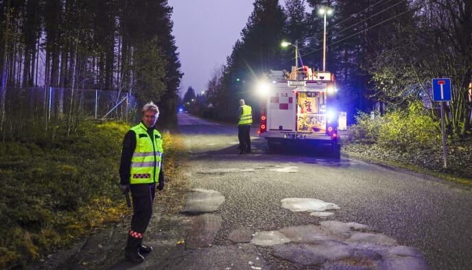 SPERRINGER: Hendelsen fant sted vest for Glomma i Elverum, og politiet søkte i området der og sør for Terningmoen leir. Foto: Håkon Mosvold Larsen / NTB