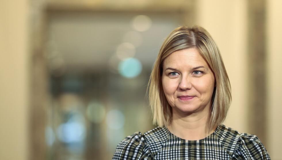 BANALT: Kunnskapsminister Guri Melby (V) tvinger skole-Norge til å innføre fritt skolevalg i en uklok avgjørelse. Foto: Jil Yngland / NTB Scanpix.