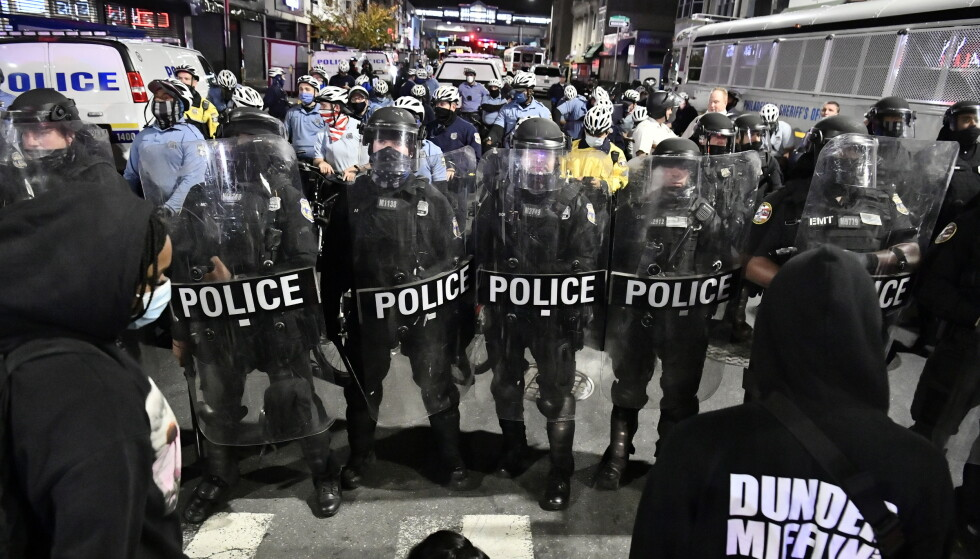 OPPTØYER: Siden i sommer har det vært en rekke opptøyer og demonstrasjoner i USA mot rasisme og politidrap av svarte amerikanere. I forrige uke ble enda en svart mann drept av politiet i Philadelphia. Foto: Lars Eivind Bones / Dagbladet.