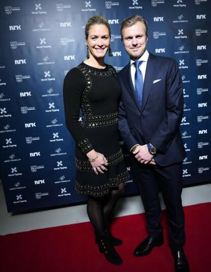 PAR I HJERTER: Suzann Pettersen og mannen Christian Ringvold under Idrettsgallen i år, hvor Pettersen senere på kvelden mottok norsk idretts hederspris. Foto: NTB
