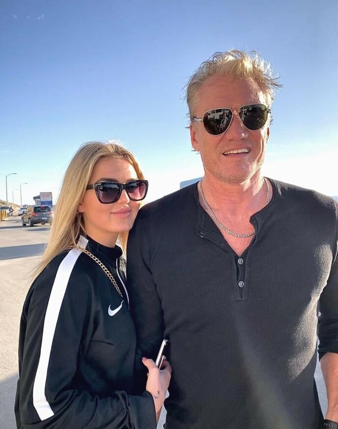- INTENS STEMING: Norske Emma Krokdal, som er forlovet med Hollywood-stjerna Dolph Lundgren, forteller om intens stemning i Los Angeles. Foto: Privat