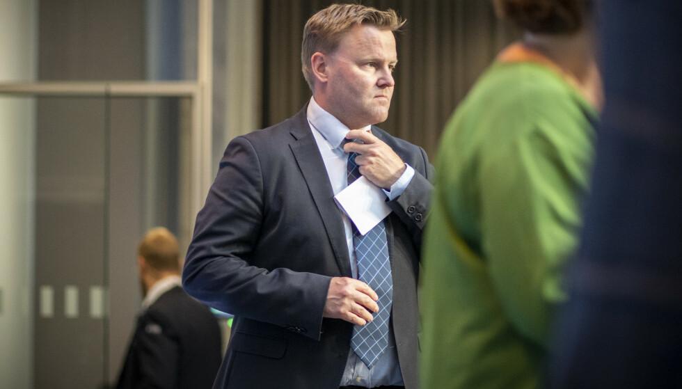 BEKYMRET: Assisterende helsedirektør Espen Rostrup Nakstad i Helsedirektoratet er bekymret for utviklingen i Norge og mutasjonene som er i omløp i Europa. Foto: Heiko Junge / NTB