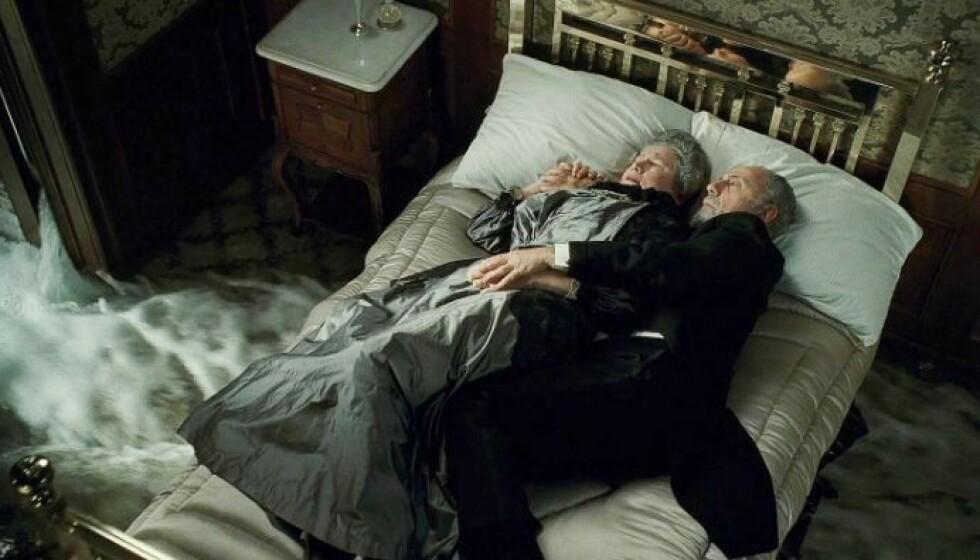 DØD: Skuespiller Elsa Raven har gått bort. Hun ble 91 år gammel. Her er hun avbildet i filmen «Titanic». Foto: 20th Century Studios
