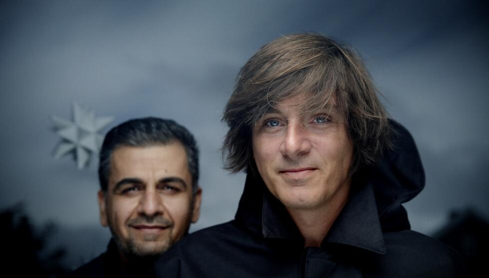 JULESTJERNENE: Shwan Dler Qaradaki og Simon Stranger har laget ei bok som handler om savn, håp og vennskap. Foto: Agnete Brun