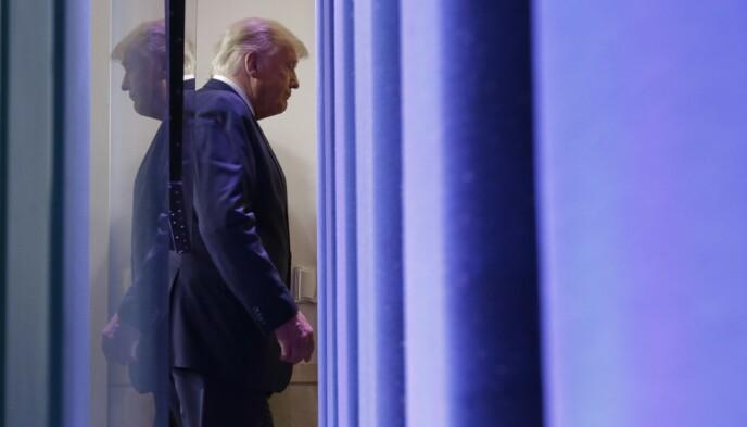 TALTE: Donald Trump talte fra Det hvite hus natt til fredag. Foto: Chip Somodevilla / AFP / NTB