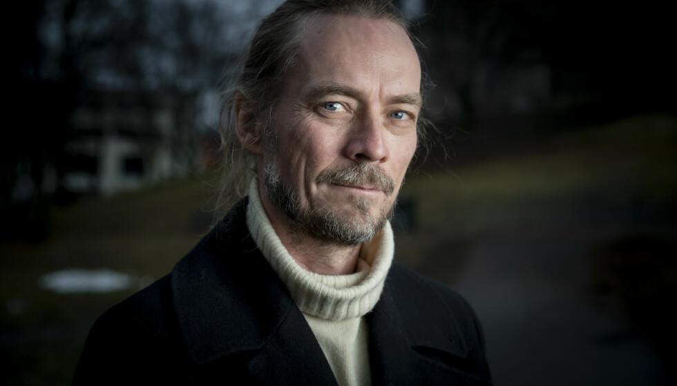 OPTIMISTISK: Psykolog Peder Kjøs tror de aller fleste av oss vil lande på beina når samfunnet gjenåpner for fullt. Foto: Bjørn Langsem / Dagbladet