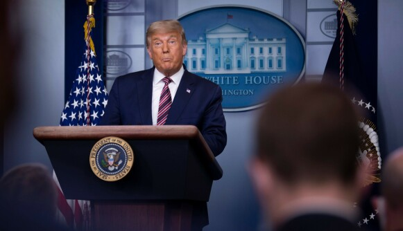 TALER: President Donald Trump taler i Det Hvite Hus i Washington 5. november. Foto: Brendan Smialowski / AFP