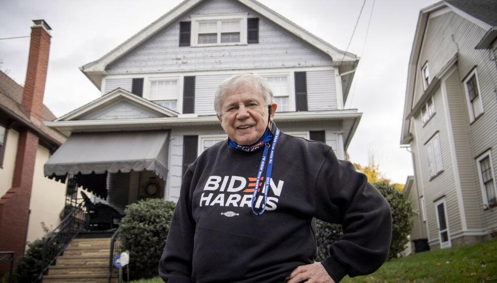 STØTTESPILLER: Jimmy Connors har kjent Joe Biden i mange år. Den tidligere Scranton-borgermesteren jubler over kompisens seier. Foto: Lars Eivind Bones / Dagbladet