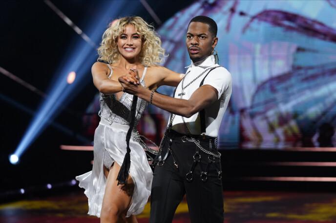 - RØRT: Nate og Helene rørte dommerne med sin andre dans. Foto: Espen Solli / TV 2
