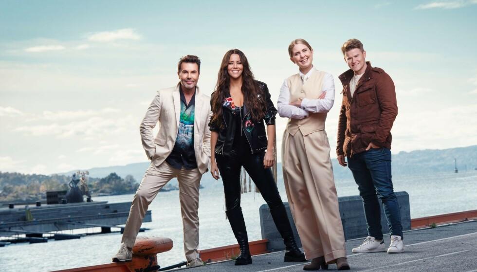 PANEL OG PROGRAMLEDER: Jan Thomas, Marion Ravn, Silje Nordnes og Nicolay Ramm er de eneste umaskede karakterene i «Maskorama». Foto: NRK
