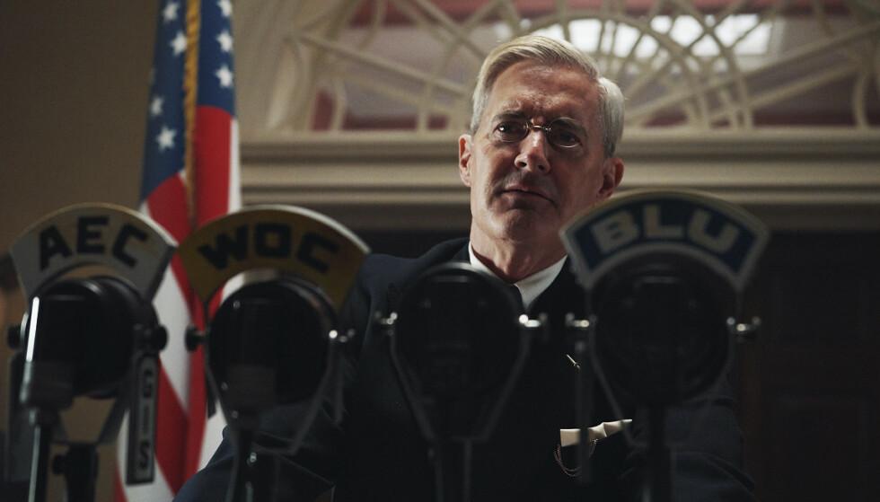 PRESIDENT: Skuespiller Kyle MacLachlan som president Franklin D. Roosevelt. Foto. NRK