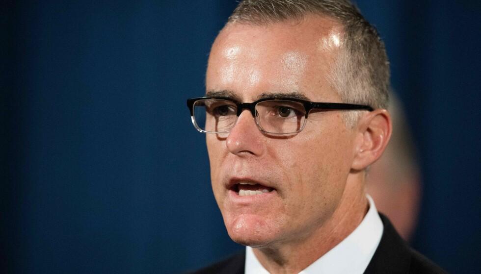 ANGKLAGET: Tidligere nestsjef i FBI Andrew McCabe ble gransket for å ha løyet om medvirkning til lekkasje. Saken mot ham ble droppet i februar. Foto: Jim Watson / AFP / NTB