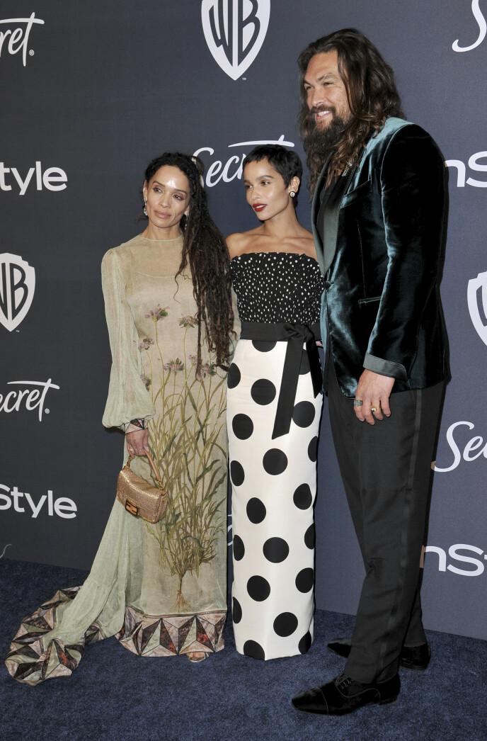 MODERNE FAMILIE: I tillegg til å ha fått to barn med Lisa Bonet (t.v.) er Jason Momoa også stefar til Zoë Kravitz. Bonet var nemlig tidligere i et forhold med rockelegenden Lenny Kravitz. Her fotografert i januar. Foto: Richard Shotwell / Invision / AP / NTB