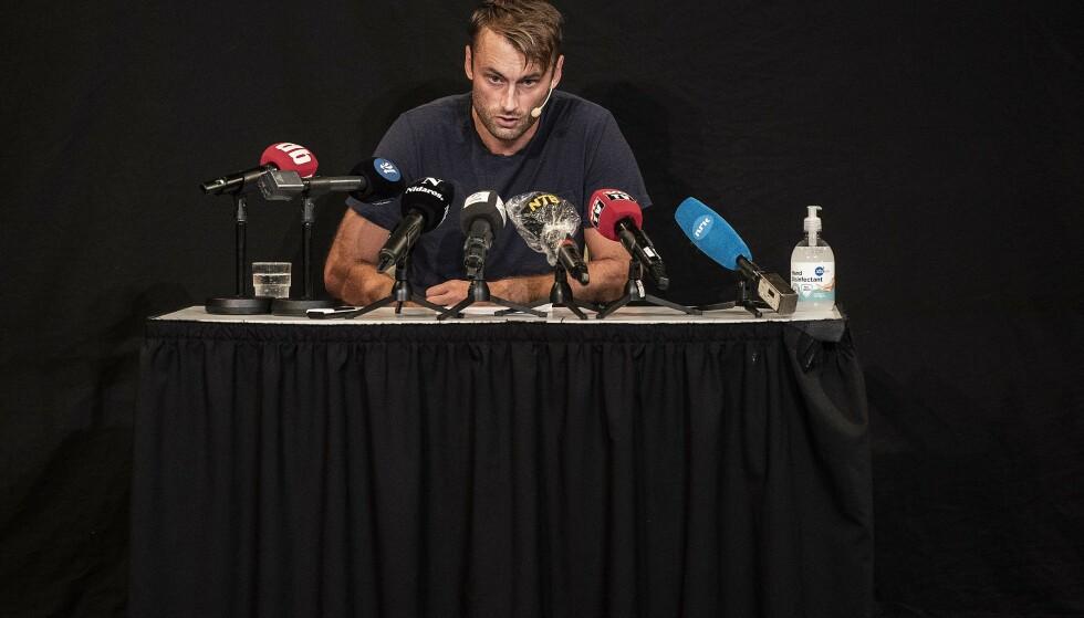 STO FRAM: Petter Northug på pressekonferansen der han fortalte om alkohol- og narkotikamisbruk. Foto: Hans Arne Vedlog / Dagbladet