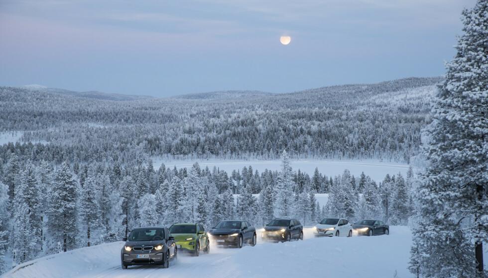 UNIK TEST: Vi har testet strømforbruket og rekkevidden til 12 populære elbiler en kald, norsk vinterdag. De største og dyreste er de dårligste.