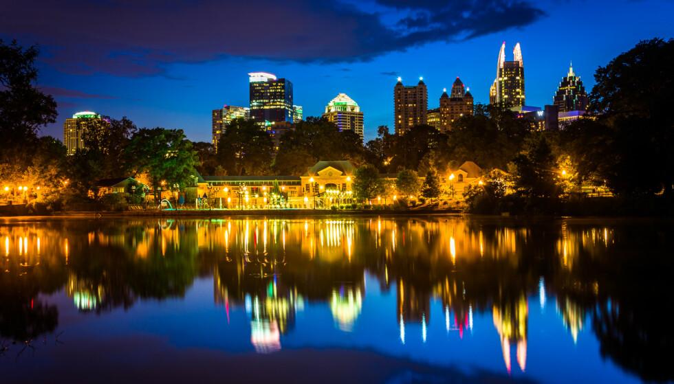 GJENSTÅR: Delstaten Georgia er nå den eneste deltaten hvor stemmene ennå ikke er ferdig opptalt. Her representert ved delstatshovedstaden Atlanta. Foto: Shutterstock / NTB