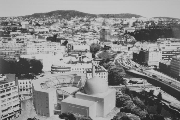 VENDT MOT MEKKA: Den planlagte moskeen ville blitt Oslo og Norges første moské, om den hadde blitt ferdigstilt. Bygget var hovedsakelig tenkt finansiert gjennom midler og gaver fra muslimer i islamske land. Foto: Oslo byarkiv