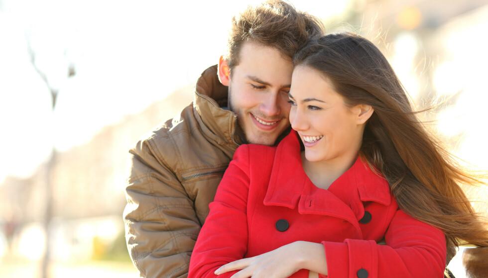 Klein liste: Det er kanskje ikke så romantisk å stille på date med en spørsmålsliste, men det er langt mer uromantisk å bli skilt etter to år fordi man ikke passer sammen. Illustrasjonsfoto: NTB.