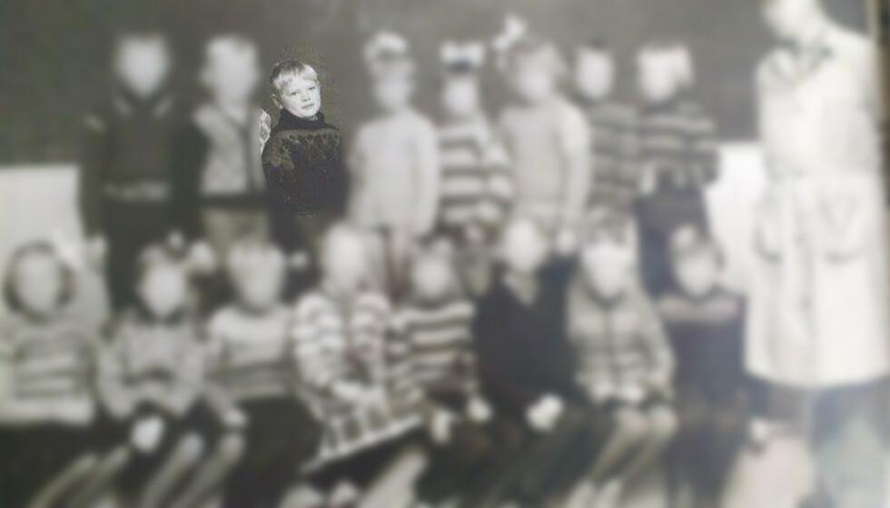FIKK POLIO: - Ei jente hadde hatt poliomylitt, og måtte bruke jernkorsett og krykker. Hun ble ikke vaksinert som barn, og ble rammet av et av de mange polioutbruddene på den tida. Respekten for vaksiner ble for oss andre meget stor, skriver professor Ørjan Olsvik. Bildet viser ham og resten av trinnet på folkeskolen Gibostad på Senja. Foto: Privat