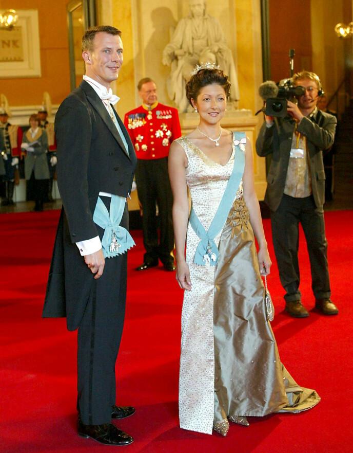 EKSPAR: Her er prins Joachim avbildet med ekskona prinsesse Alexandra i 2004. Foto: Julian Andrews / Rex / NTB