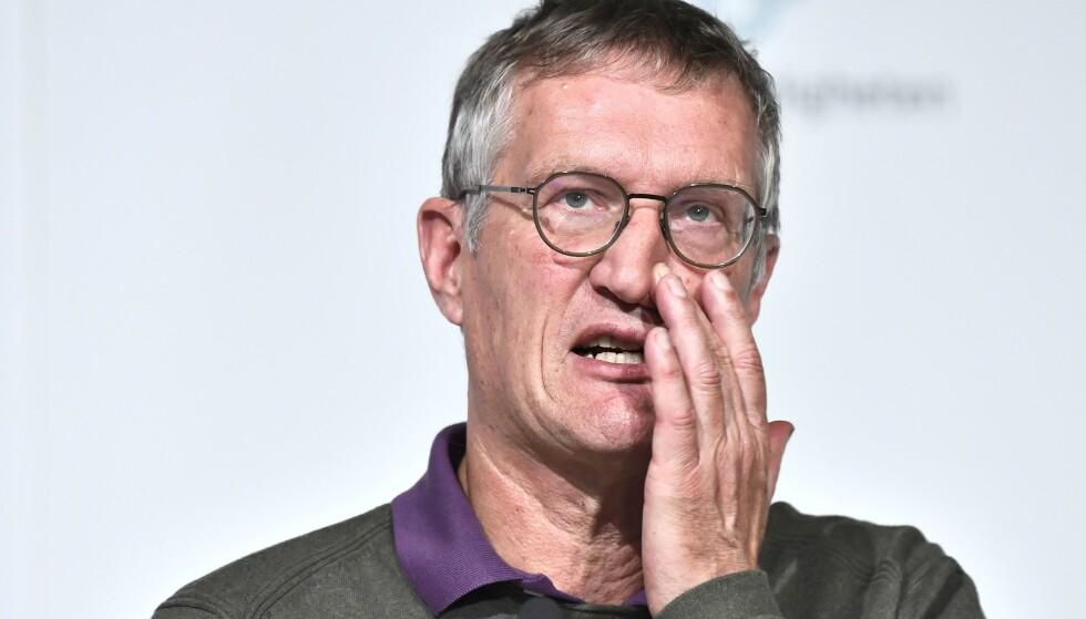 KRITISERES: Nok en gang øker coronasmitten i Sverige. Nå blir statsepidemiolog Anders Tegnell kritisert av sin forgjenger. Foto: AFP/NTB