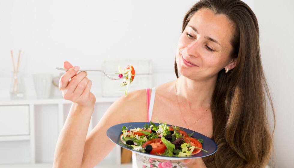 NED I VEKT FØR JUL: Med disse seks rådene kan du klare å gå ned i vekt før jul. Foto: Shutterstock