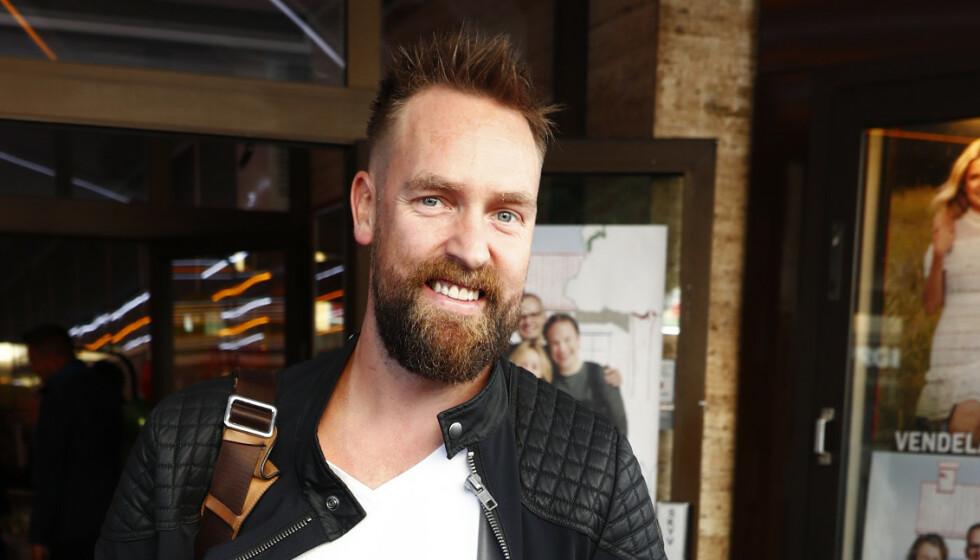 TRENTE I NABOKOMMUNEN: Komiker Ørjan Burøe beklager at han har trent i nabokommunen. Han er samtidig kritisk til at treningssentre stenges. Foto: Terje Pedersen / NTB