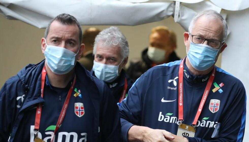 I KARANTENE: Per Joar Hansen (t.v.) og Lars Lagerbäck. Foto: Bjørn Langsem