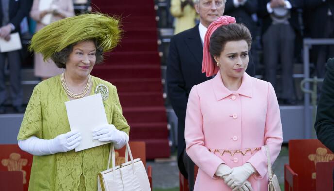 MOR OG DATTER: I episode sju av serien får man se prinsesse Margaret anklage dronningmora for å ha stuet bort søstrene Bowes-Lyon. Foto: Des Willie / AP / NTB