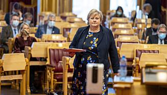 REDD?: Man kan spørre seg om om regjeringens vegring er et utslag av politisk unnfallenhet. Er Norge mer redd enn andre NATO-land for å sende upopulære signaler til USA, spør innsenderne. Her er Erna Solberg i spørretimen på Stortinget onsdag. Foto: Heiko Junge / NTB