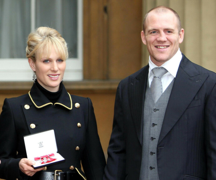 SER PÅ: Zara og Mark Tindall giftet seg i 2011, og har fått to barn sammen. De lever tett på de kongelige, både privat og i tv-stua. Mark Tindall avslører nemlig at de koser seg med «The Crown» - deres egen familiehistorie - på Netflix. Foto AP Photo/Steve Parsons, NTB