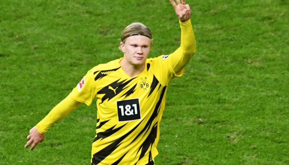 HYLLES: Erling Braut Haaland scoret vanvittige fire mål mot Hertha lørdag. Foto: REUTERS/Annegret Hilse/NTB