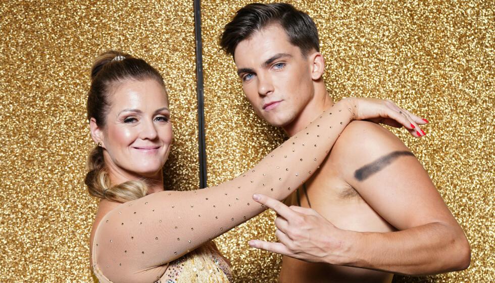 NY KJÆRESTE: Tarjei Svalastog har blitt kjæreste med influenser Jennie Sofie. Her er han avbildet med dansepartneren Siri Kristiansen. Foto: Espen Solli / TV 2