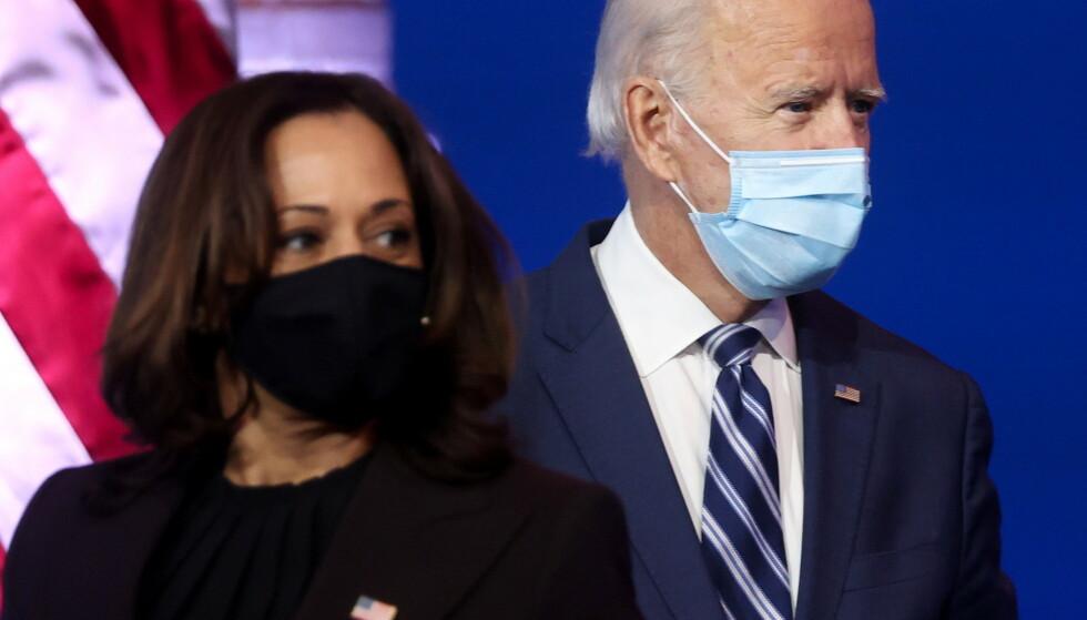 NYTT TEAM: Kommende president og visepresident Joe Biden og Kamala Harris. Nå er kommunikasjonsteamet deres offentliggjort. Foto: REUTERS/Jonathan Ernst