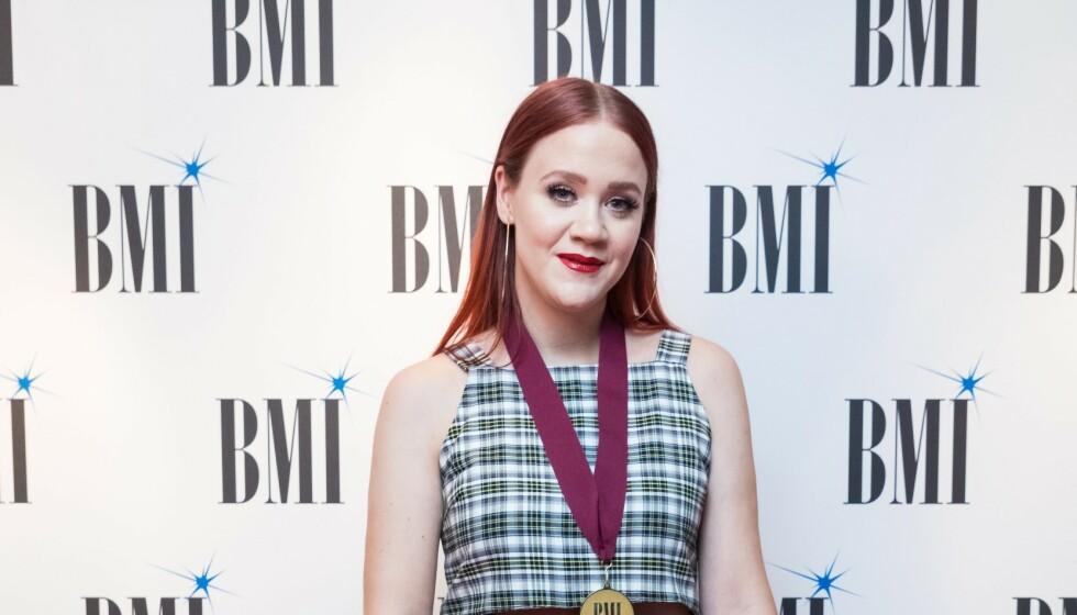 NOMINERT: Den norske låtskriveren Caroline Ailin Furøyen er nominert til Grammy-pris. Foto: Vianney Le Caer / Shutterstock / NTB