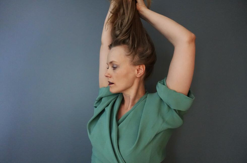 DEL TO: Ane Brun er ute med sitt andre album på en måned, nedstrippede «How Beauty Holds The Hands of Sorrow». Foto: Ballon Ranger Recordings