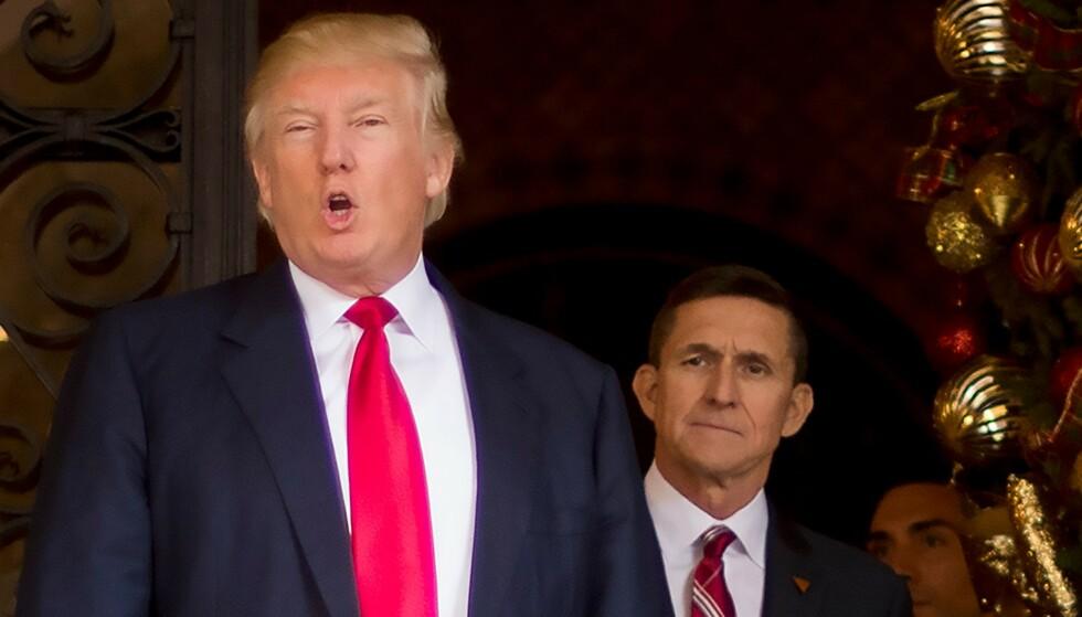 2016: President Donald Trump og general Michael Flynn avbildet på Trumps klubb Mar-a-Lago i Florida i 2016. Foto: AFP / NTB