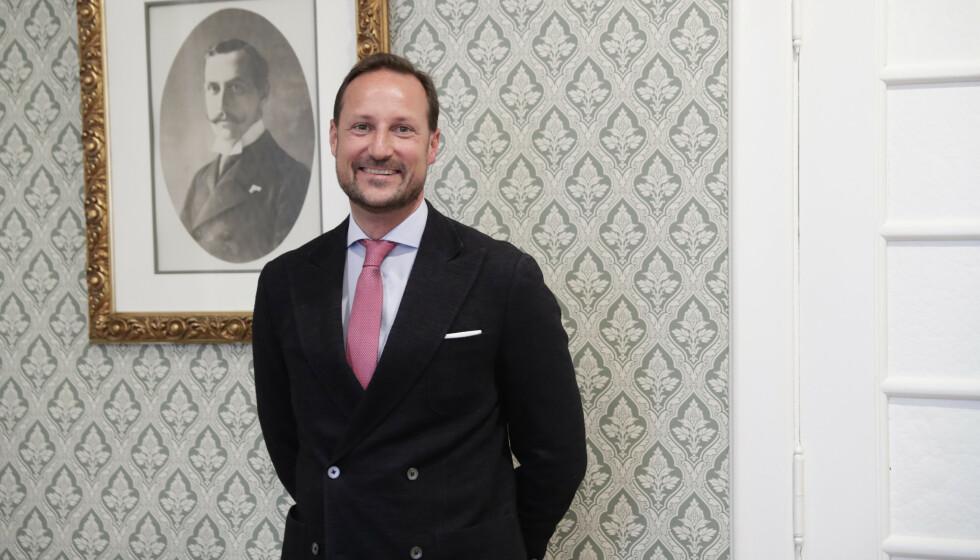 DELER TANKER: Kronprins Haakon deler åpenhjertig tankene sine rundt å bli Norges neste konge. Foto: Berit Roald / NTB