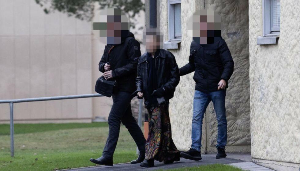 PÅGREPET: Den 70 år gamle moren er pågrepet, mistenkt for frihetsberøvelse og grov kroppsskade. Foto: Sven Lindwall, Expressen.