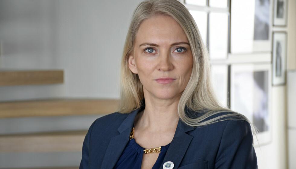 ALVORLIG: Leder Lill Sverresdatter Larsen i Norsk sykepleierforbund er bekymret for antallet ufaglærte i eldreomsorgen. Foto: Rune Stoltz Bertinussen / NTB