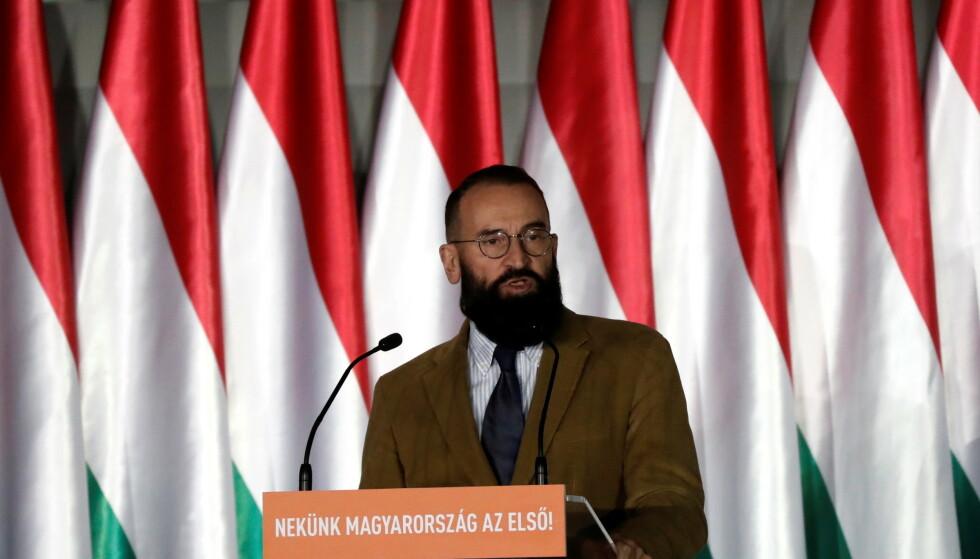 GIKK AV: Den ungarske politikeren Jozsef Szajer har trukket seg fra EU-parlamentet, etter at han deltok på en sexfest i Brussel. Foto: Bernadett Szabo / Reuters / NTB