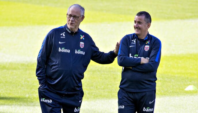 FERDIG: Lars Lagerbäck forlater landslaget. Her sammen med Per Joar «Perry» Hansen. Foto: Bjørn Langsem / Dagbladet